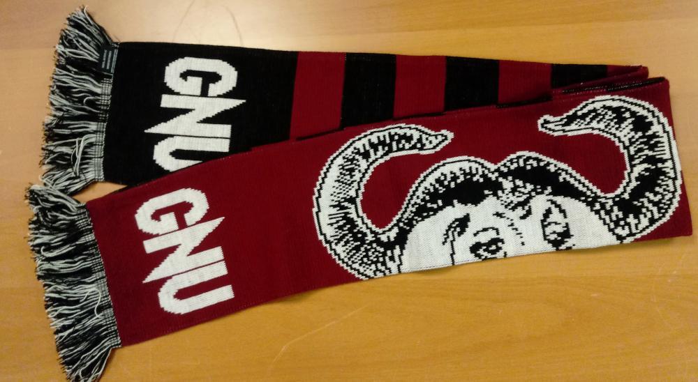 GNU scarf