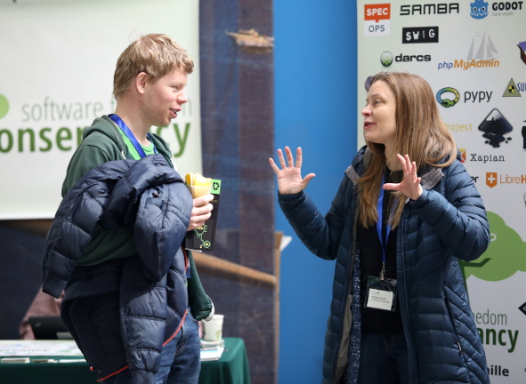 Libreplanet 2018 hallway conversation